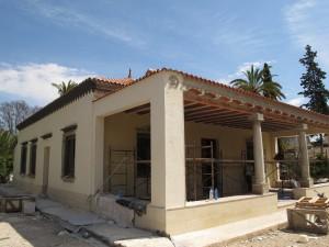Rehabilitación de fachadas de vivienda centenaria en el Palmeral d'Elx.